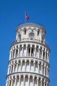 Šikmá věž v Pise v slunečný den, Itálie