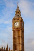 Londýn. Hodinová věž big ben.