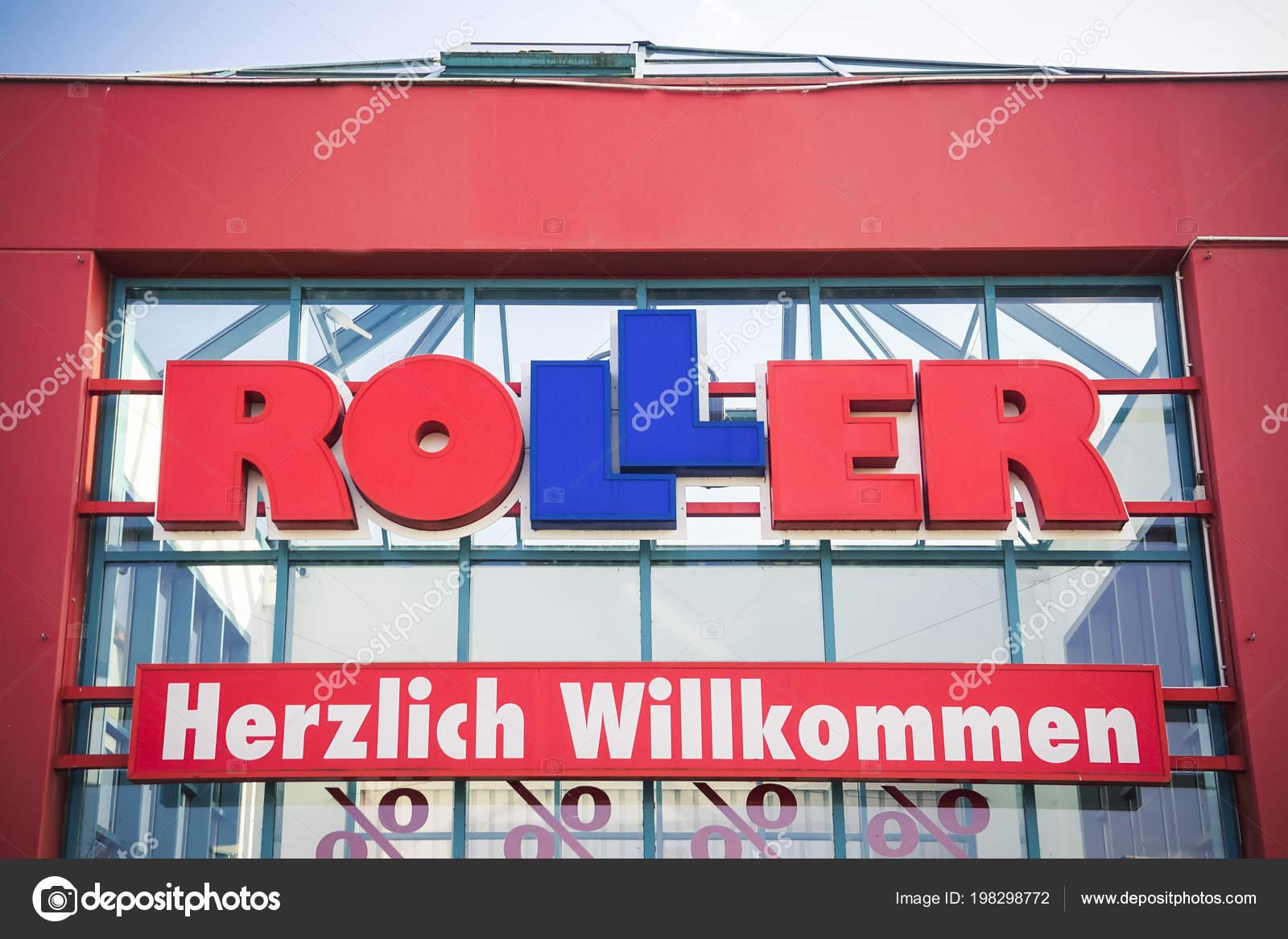 Heuchelheim Deutschland März 2018 Roller Logo Auf Ein Geschäft