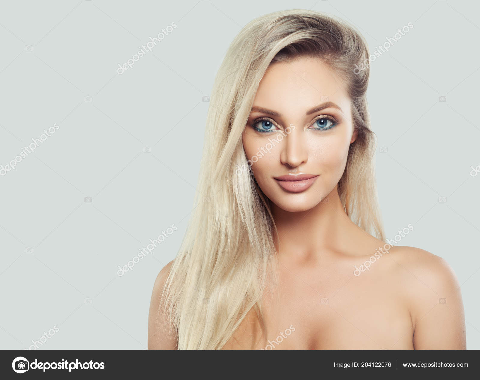Blonde facial natural
