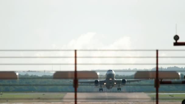 Špička v Dusseldorf Letiště