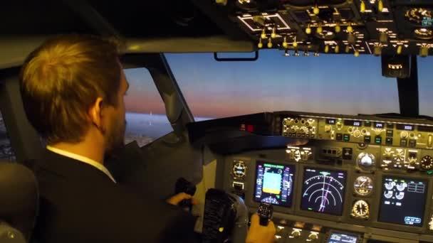 Pilotní kabina pro civilní letadla.