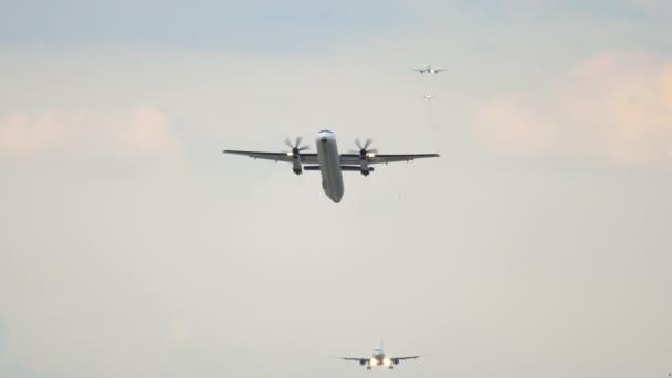 Turbovrtulové letadlo odlet