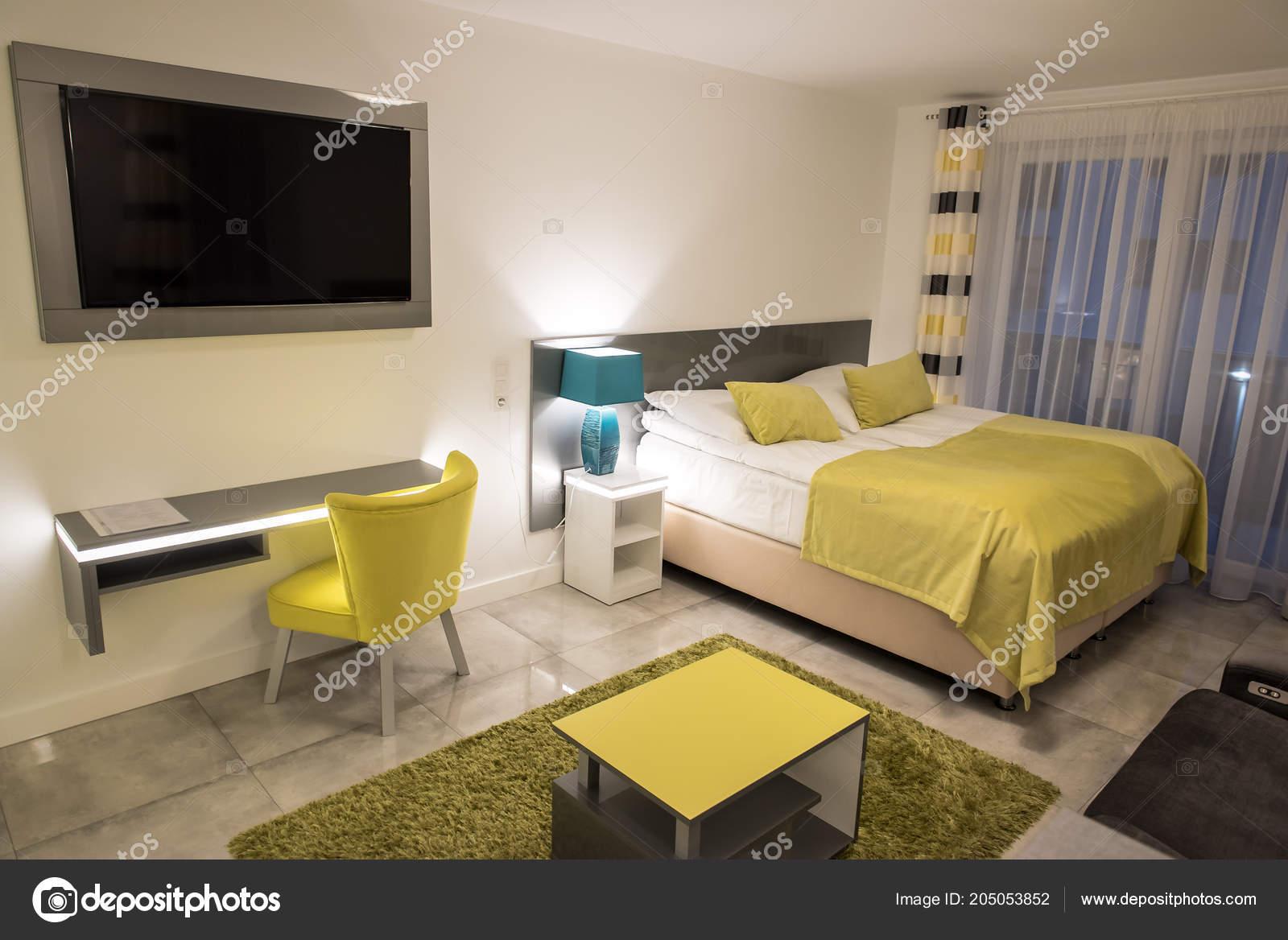 Confortable Chambre Dans Appartement Moderne Dans Ton ...