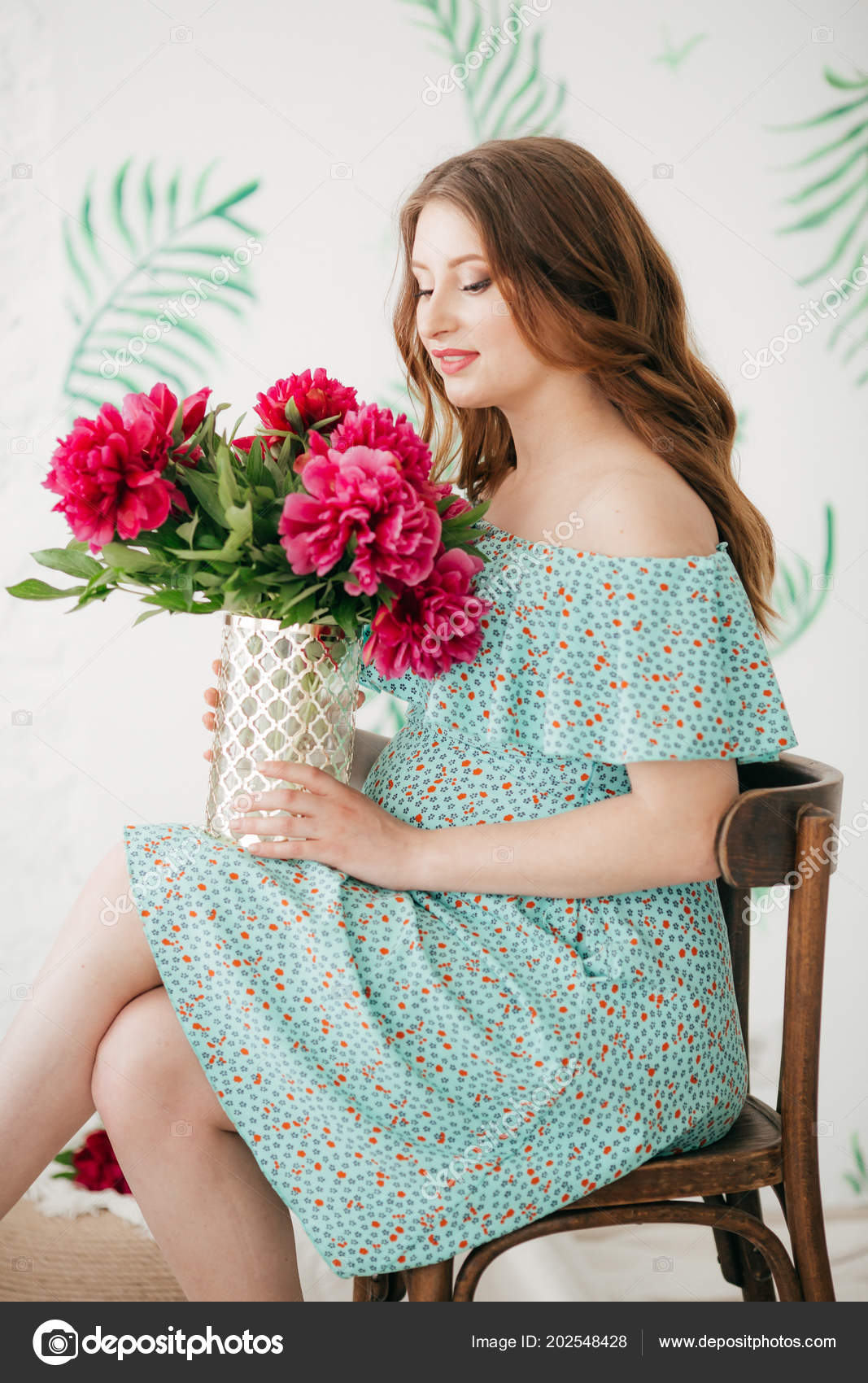 Beautiful Pregnant Woman Blue Dress Flowers Stock Photo Forewer