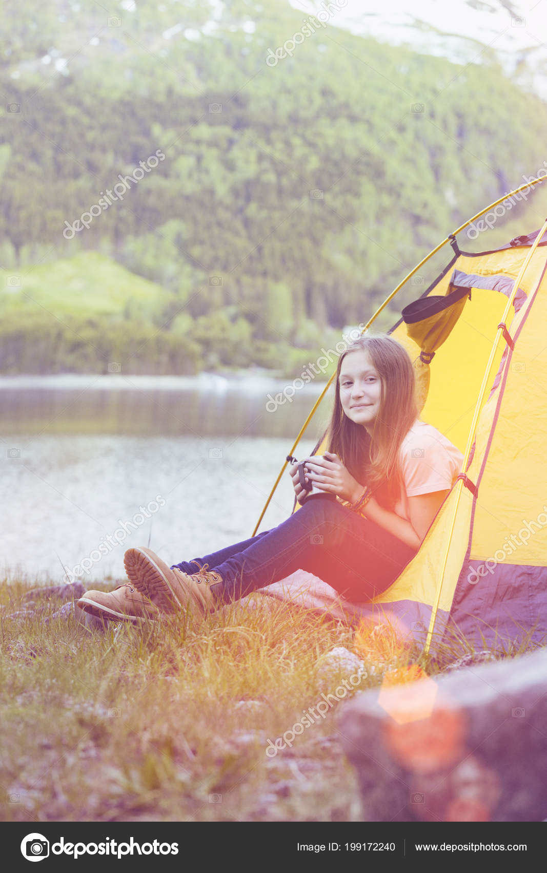 Smiling Girl Hiker Tent Holding Cup Mountains Backgroun u2014 Stock Photo  sc 1 st  Depositphotos & Smiling Girl Hiker Tent Holding Cup Mountains Backgroun u2014 Stock ...