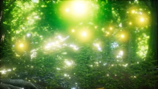 Firefly repülő az erdőben