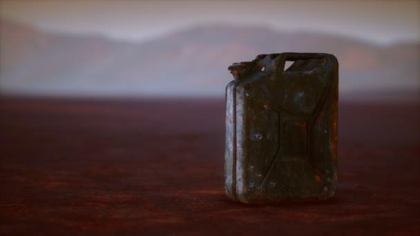 starý rezavý palivový kanystr v poušti