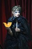 Fotografie Gotische Porträt Frau mit Kerze