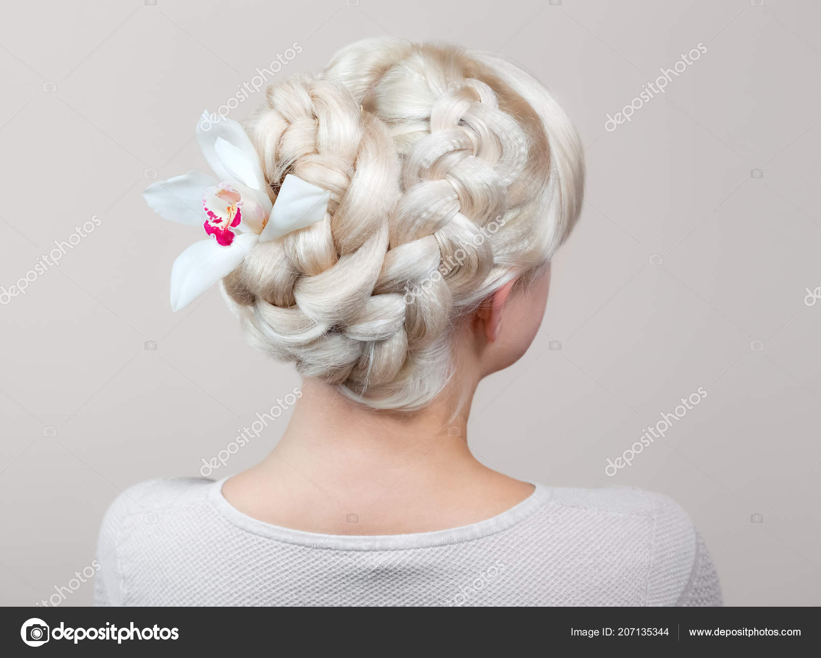 Beautiful Girl Blonde Hair Hairdresser Weaves Braid Close Beauty