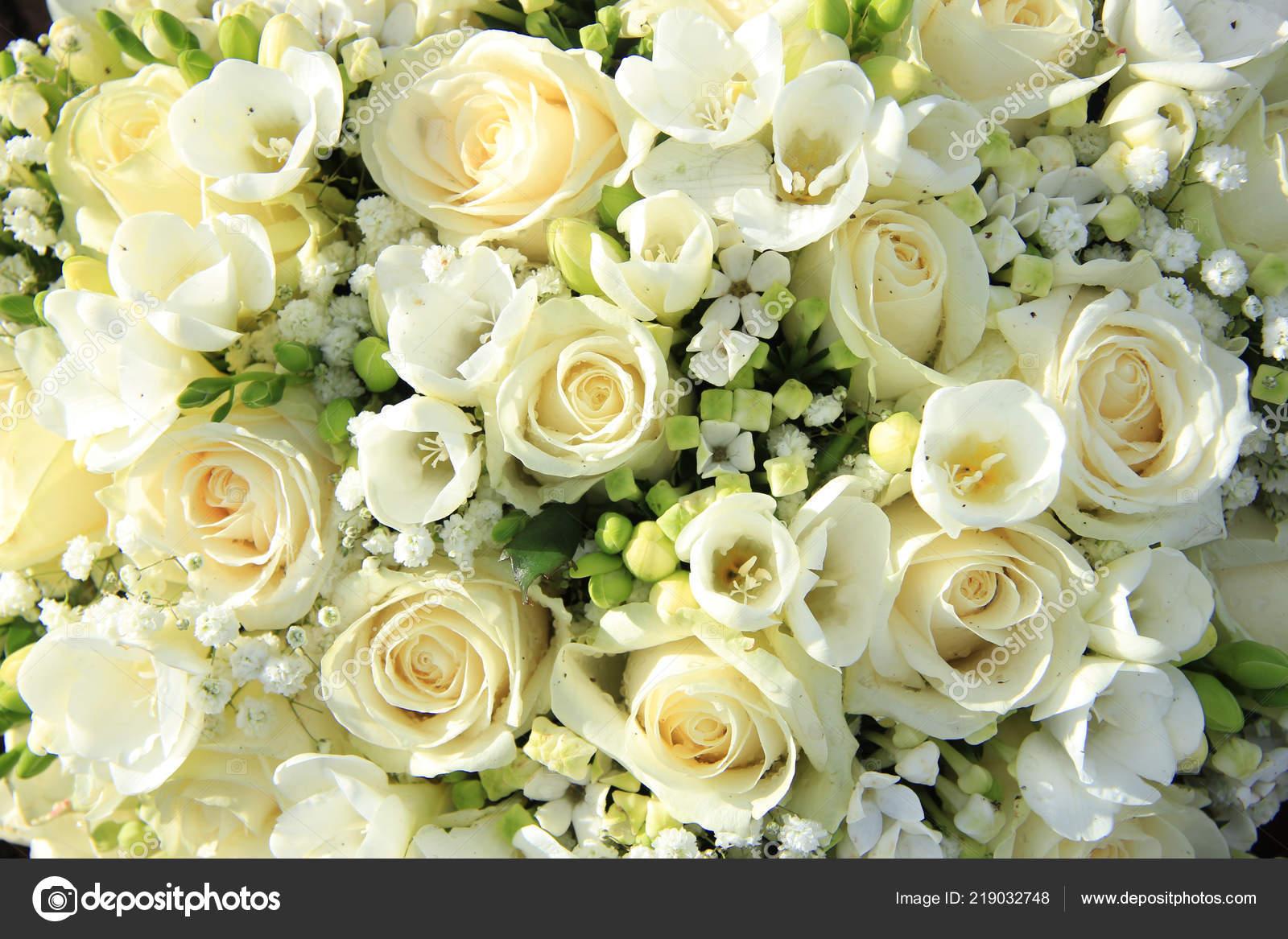 Arreglo Floral Blanca Centro Mesa Boda Fotos De Stock