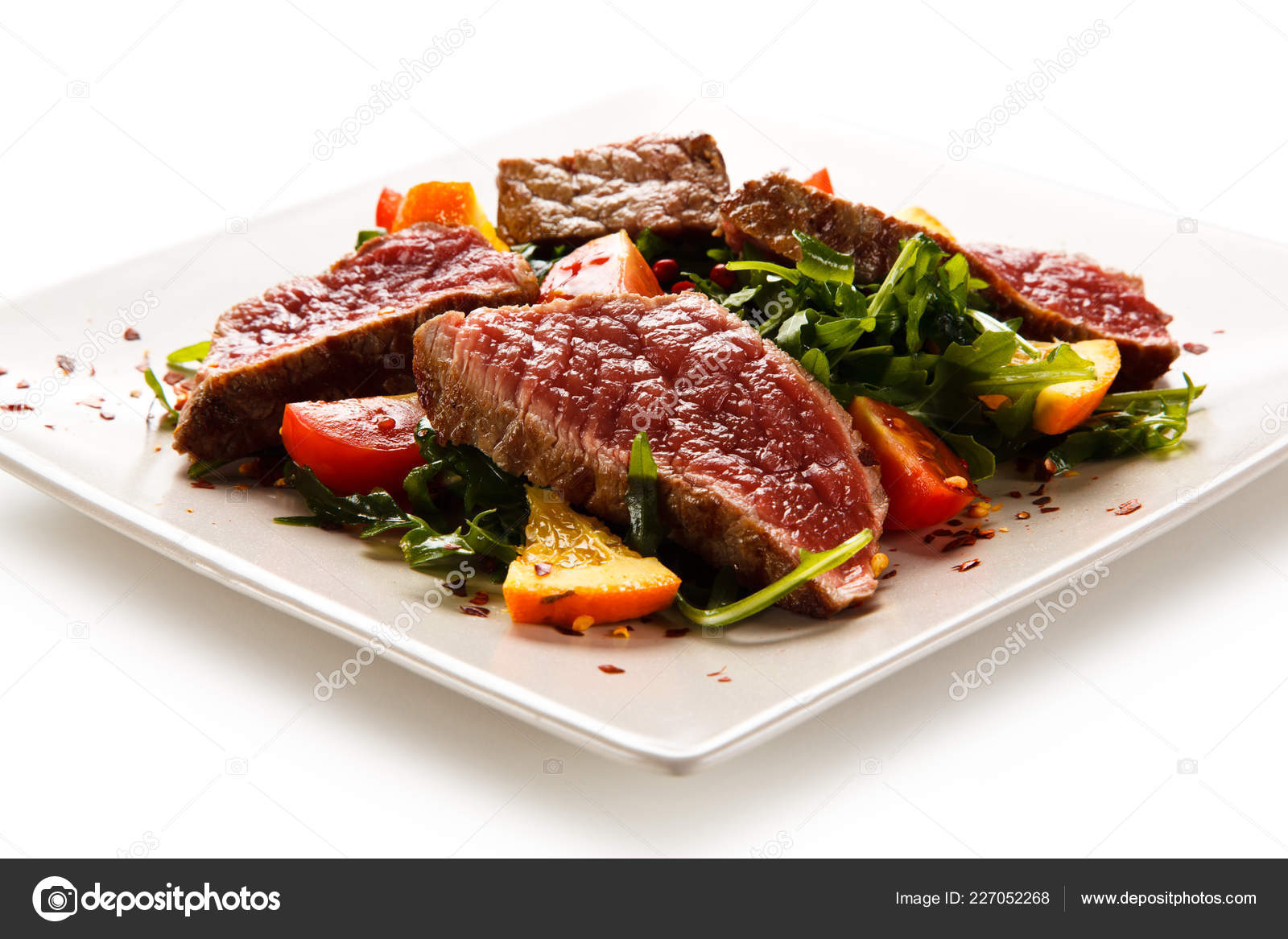Sliced Beef Steak Salad White Plate Stock Photo Image By C Gbh007 227052268