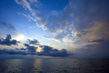 picturesque view of beautiful sky over sea at sunset