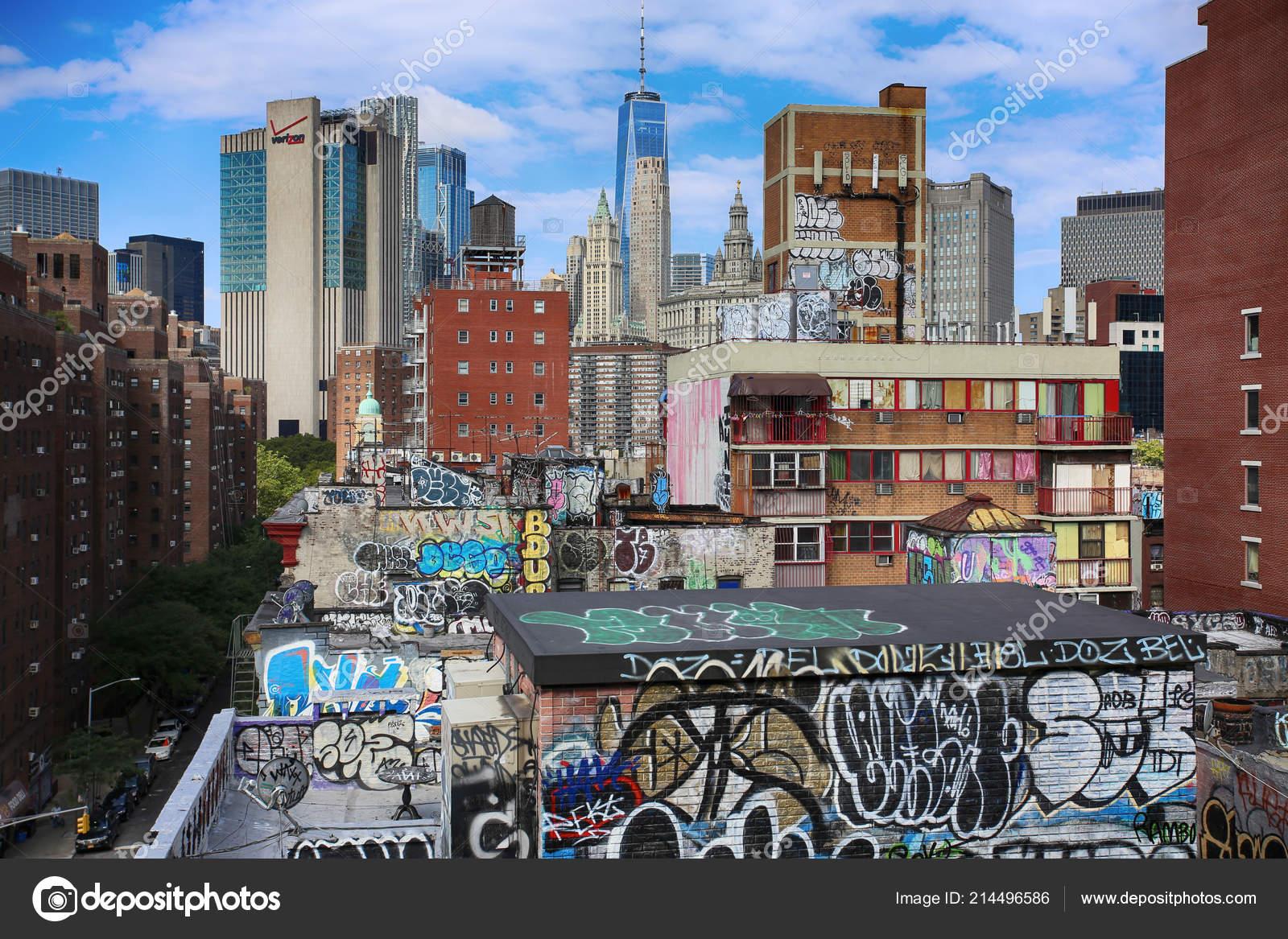 Foto Murales New York.New York Usa August 2018 Mural Art Manhattan Buildings