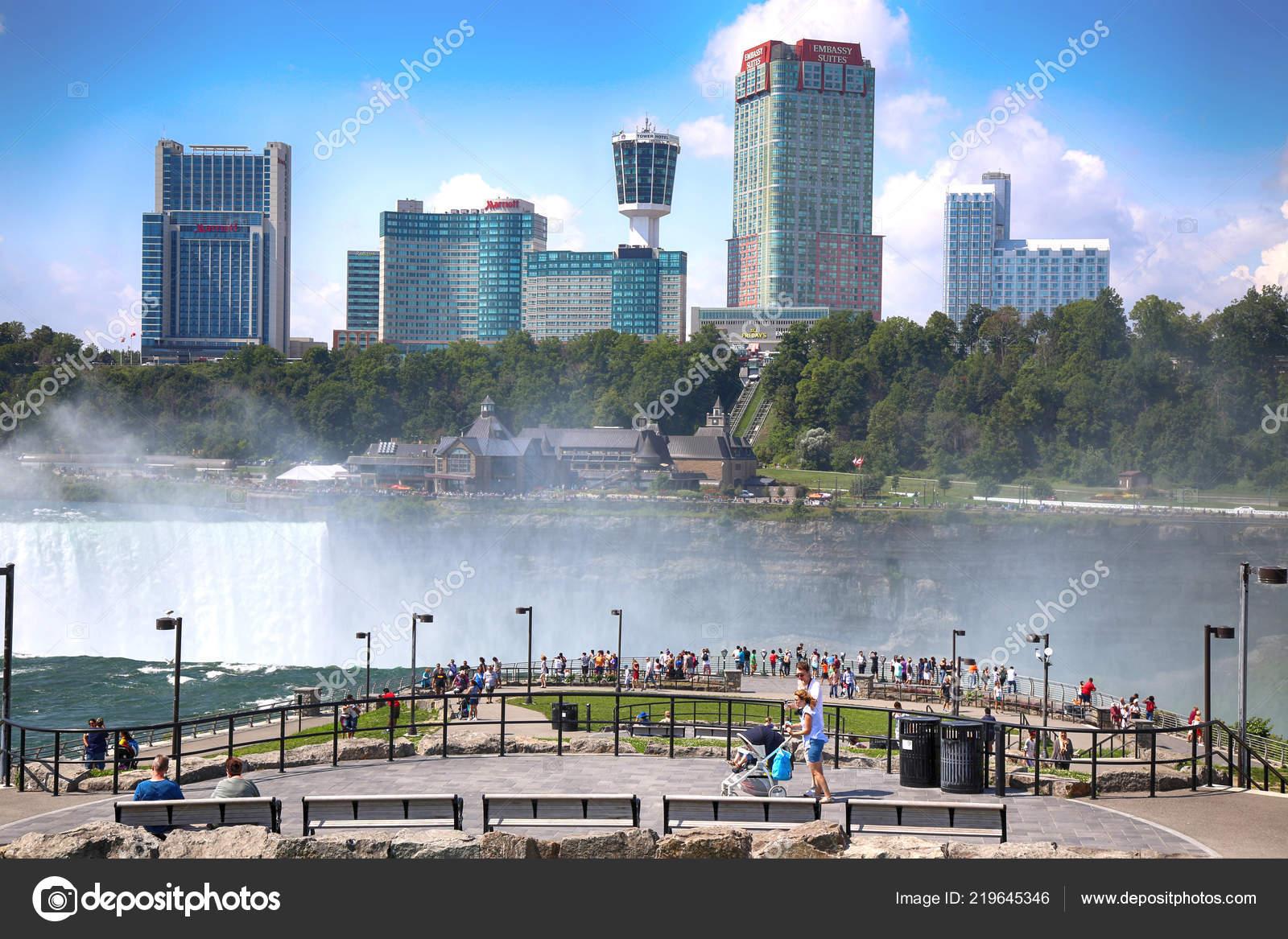 Niagara Falls Usa August 2018 Tourists View Niagara Falls Canadian Stock Editorial Photo C Vladacanon 219645346