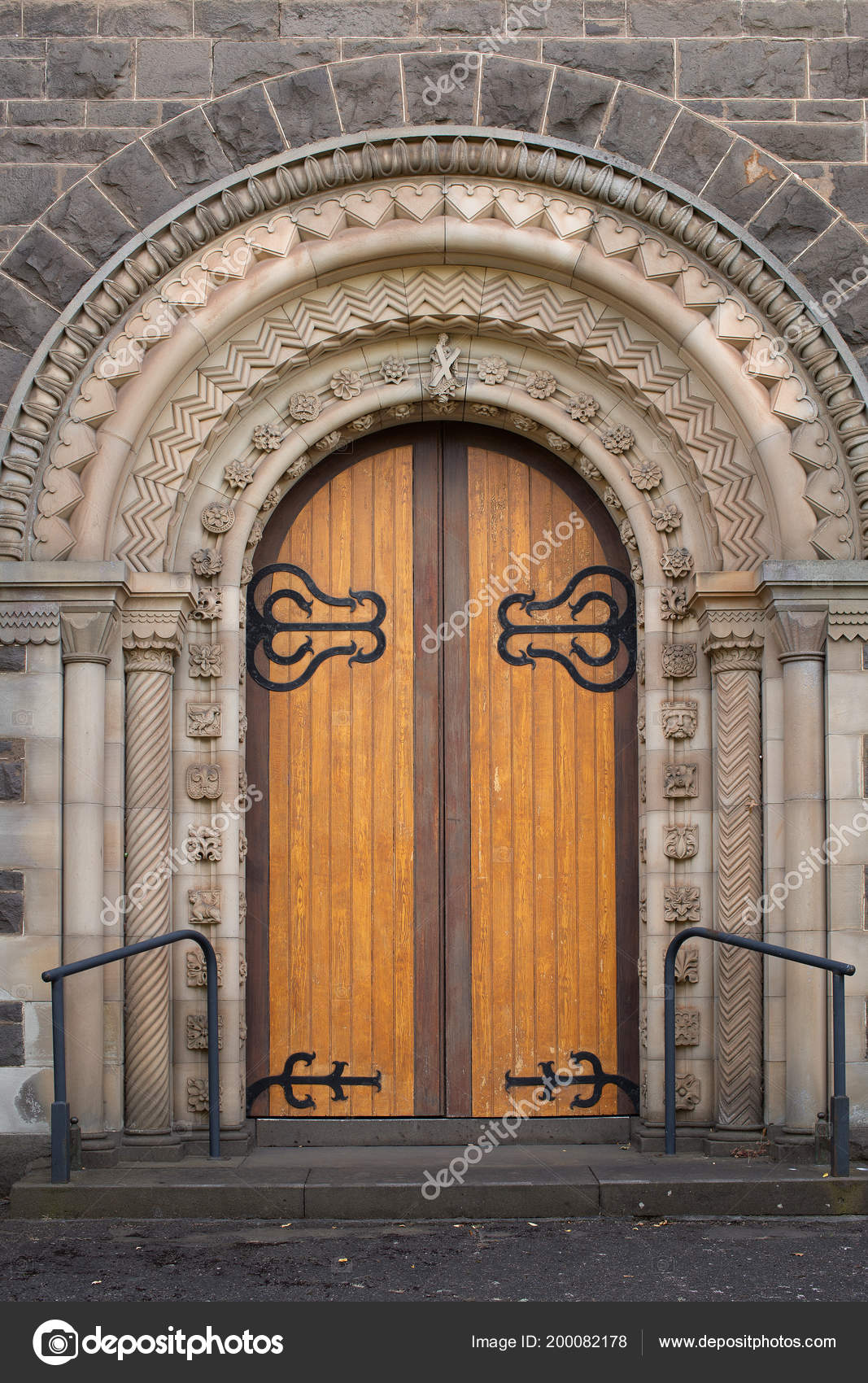 View Large Timber Doors Entrance Andrews Uniting Church Ballarat Victoria u2014 Stock Photo & View Large Timber Doors Entrance Andrews Uniting Church Ballarat ...