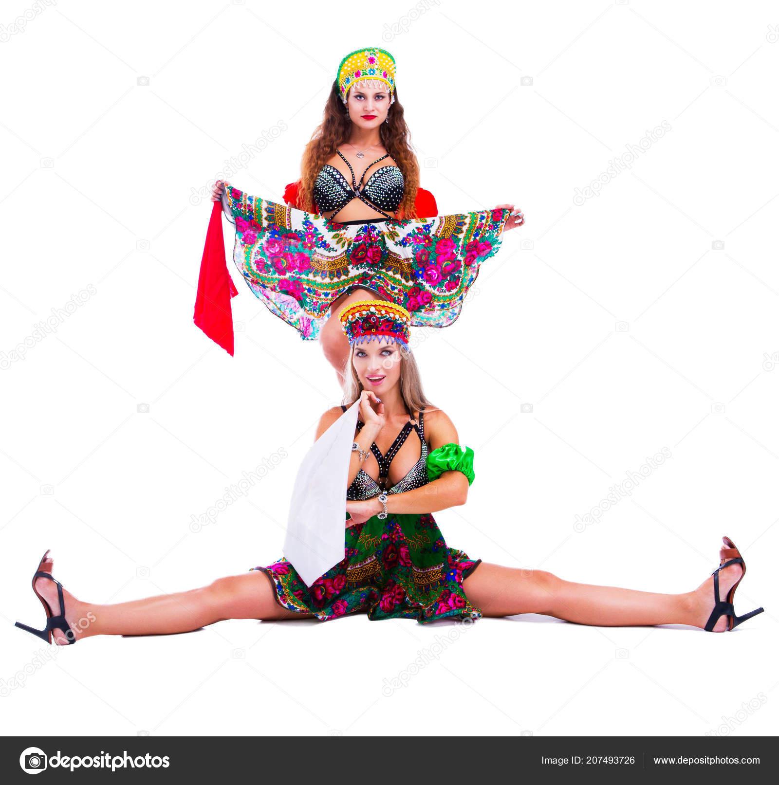 Русский стриптиз в танце