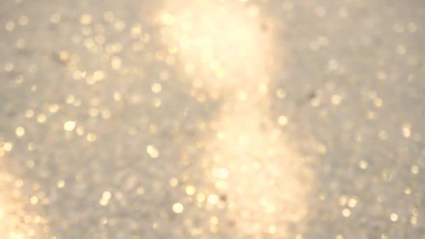 Földi csillogó arany részecske