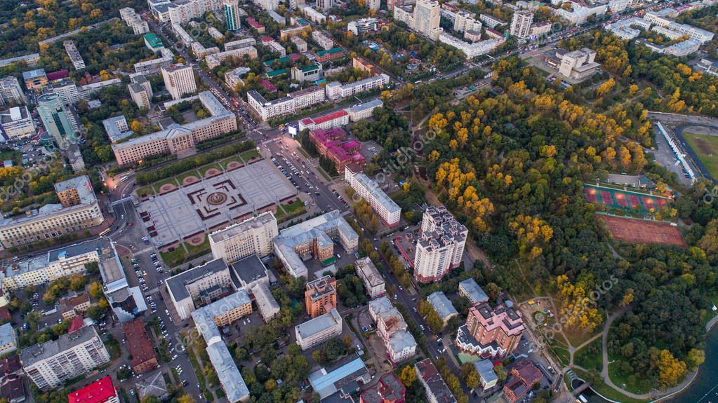 Khabarovsk, the city center . the view from the top. filmed with a drone . Lenin square, Dynamo Park, Ussuri Boulevard