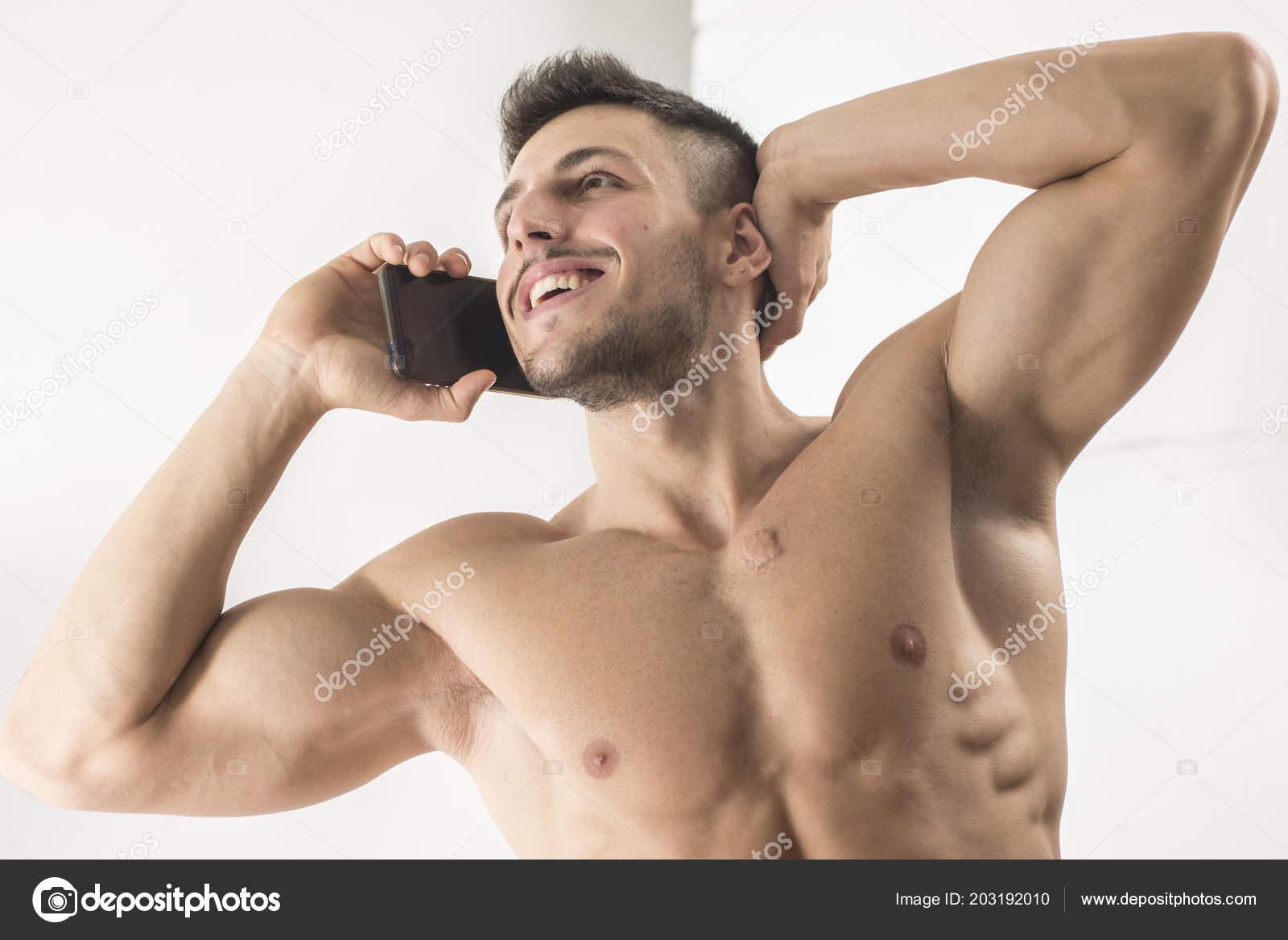 giovani nudo immaginiuna direzione sesso gay