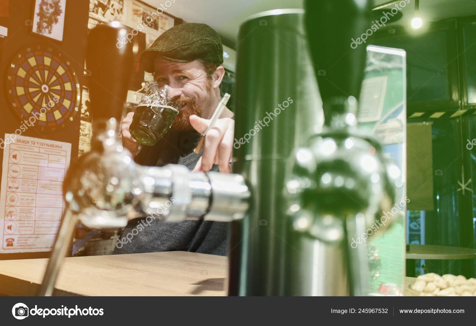 opilý student kouření
