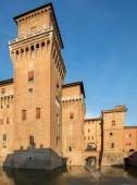 Hrad Estense, čtyři tyčila pevnost ze 14 století, Ferrara, Itálie