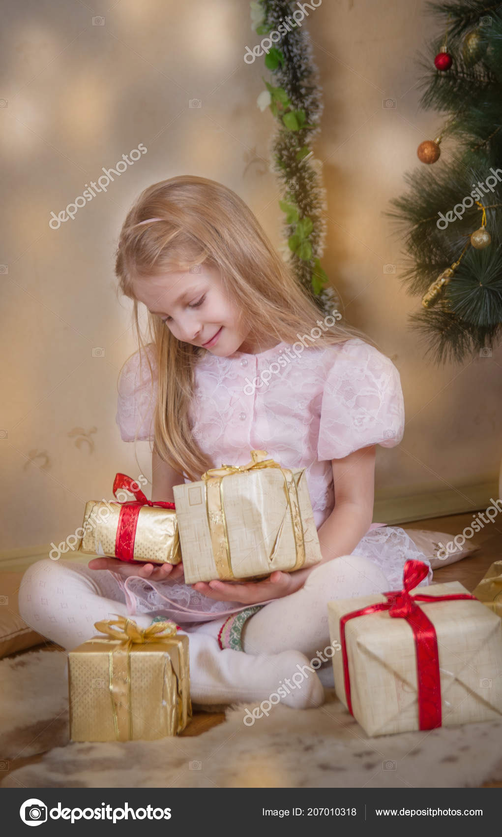 Cute Christmas Gifts For Girlfriend.Cute Girl Christmas Gifts Dreaming Stock Photo C Angel A