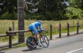 Bourgoin-Jallieu, Franciaország-07, május, 2017: A francia kerékpáros Thierry Hupond Delko-Marseille Provence Ktm csapat lovas szakaszában idő próba 4 kritérium du Dauphine 2017.