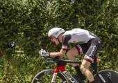 Bourgoin-Jallieu, Franciaország-07, május, 2017: Az amerikai kerékpáros Csád Haga csapat Sunweb lovaglás szakaszában idő próba 4 kritérium du Dauphine 2017