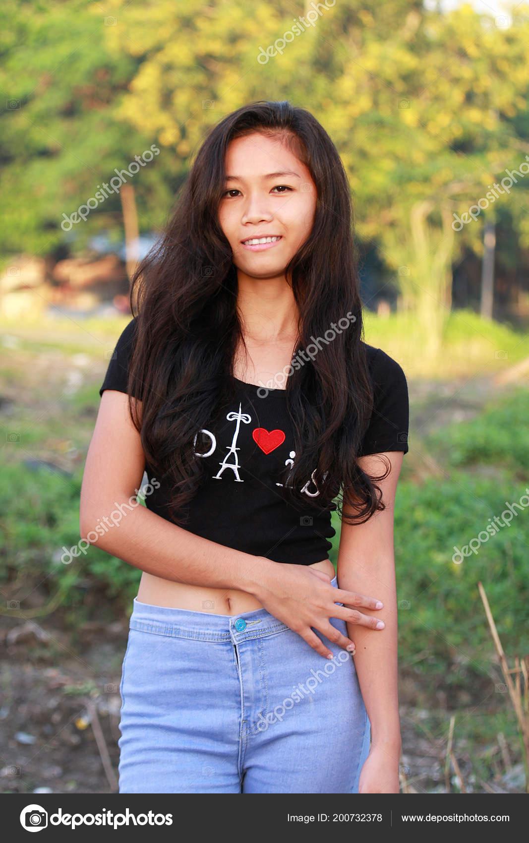 Filipina cam strip pics 92