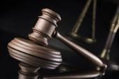 Maglio, codice legale e Statua della giustizia, concetto di legge