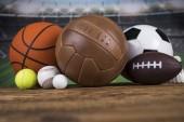 Fotografie Kuličky a různé sportovní vybavení