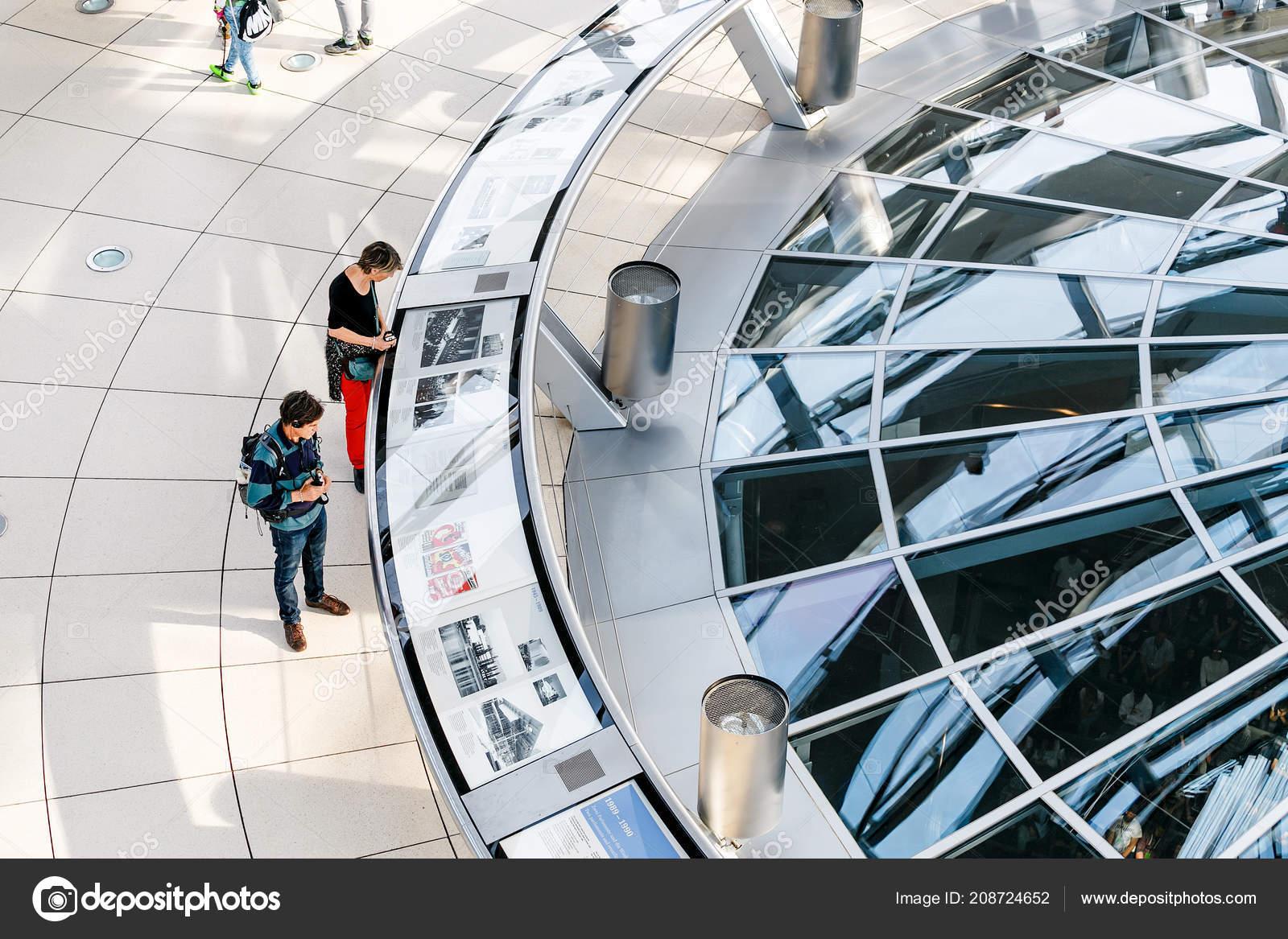 Mai 2018 Berlin Deutschland Futuristische Architektur Von Einer