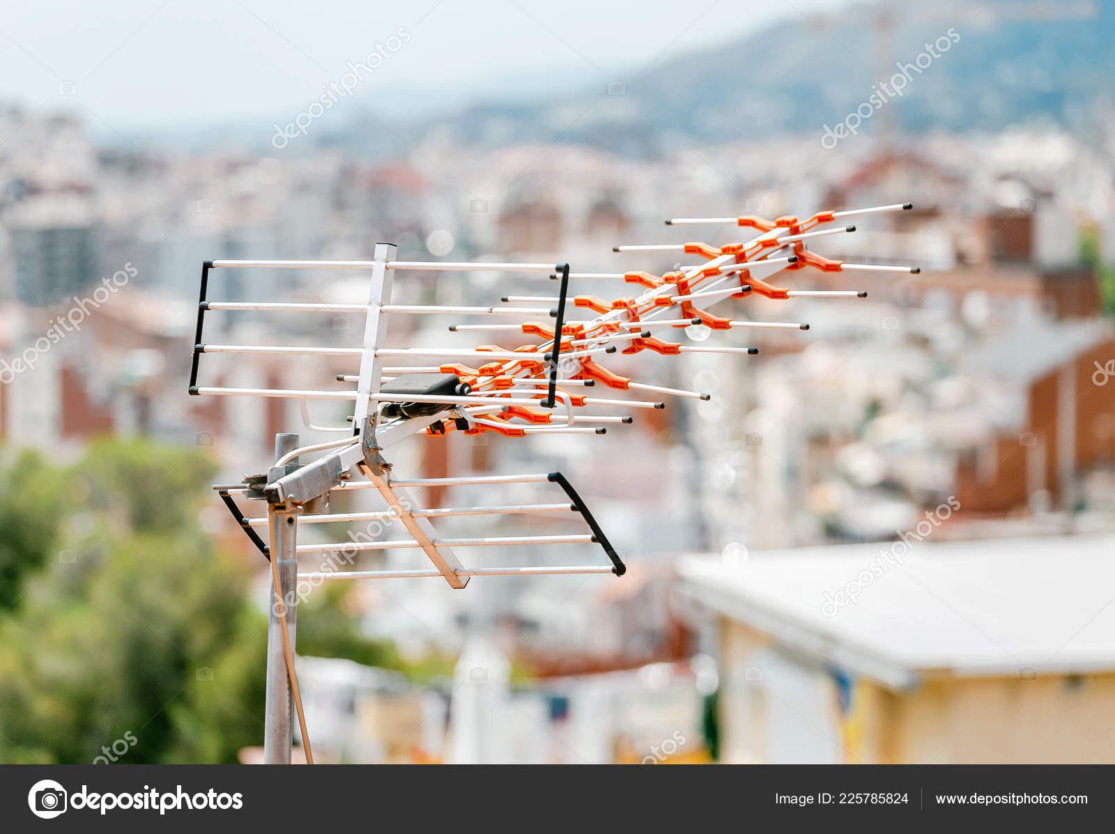 Awe Inspiring Antennas Roof House Stock Photo C Frantic00 225785824 Wiring Database Lukepterrageneticorg