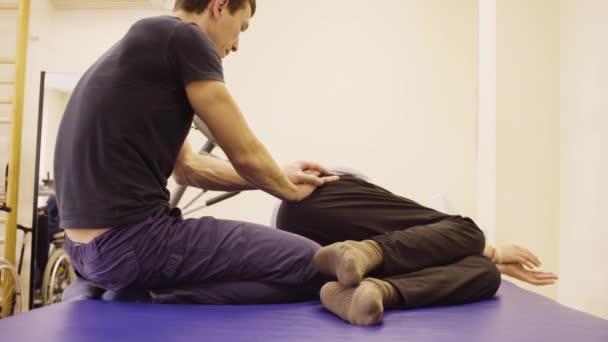 Arzt Erholung Übungen für deaktivieren Mann