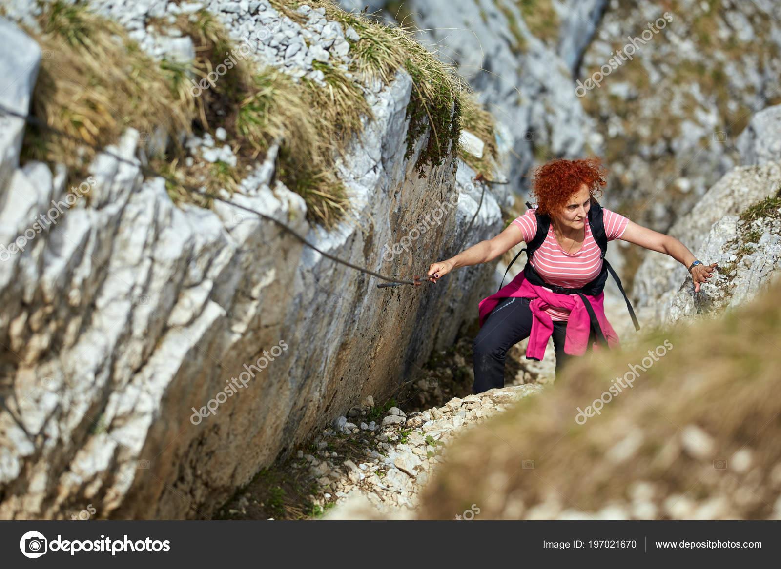 Klettersteig Weibl : Frau mit seil und freies klettern klettersteig den rocky mountains