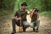 A Ranger tanítás fiát pecsételő a játék a vadonban