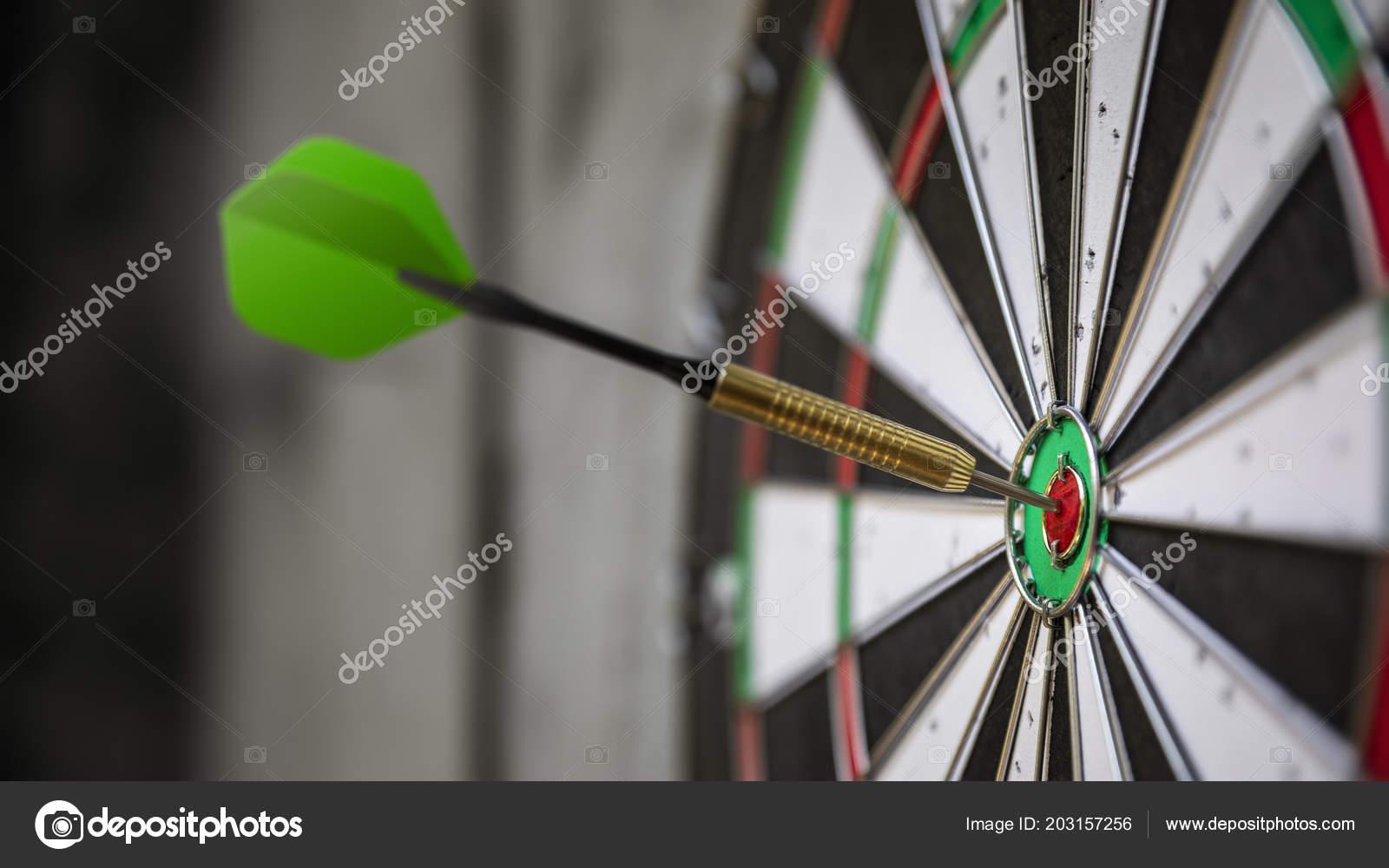 Typical Darts Game Dart Bulls Eye Stockfoto C Magann 203157256
