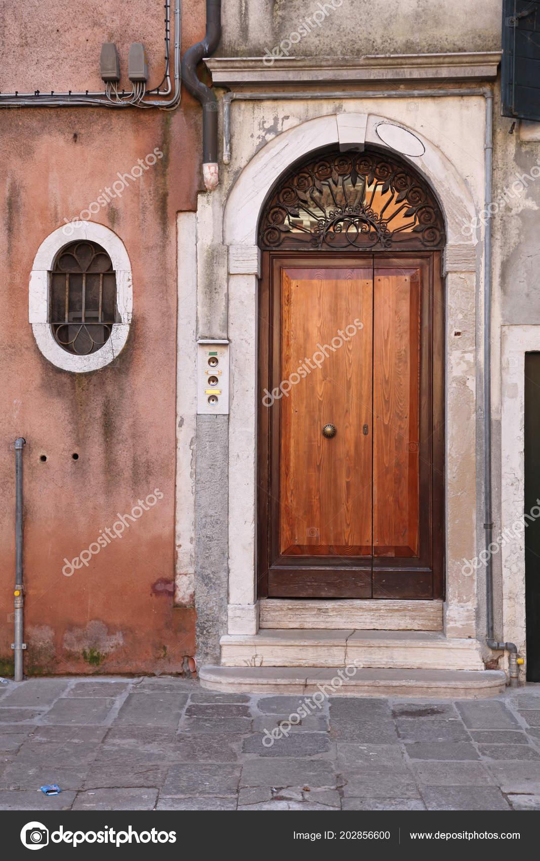 Porte Voûte Bois Fenêtre Ovale House Venise Photographie Baloncici