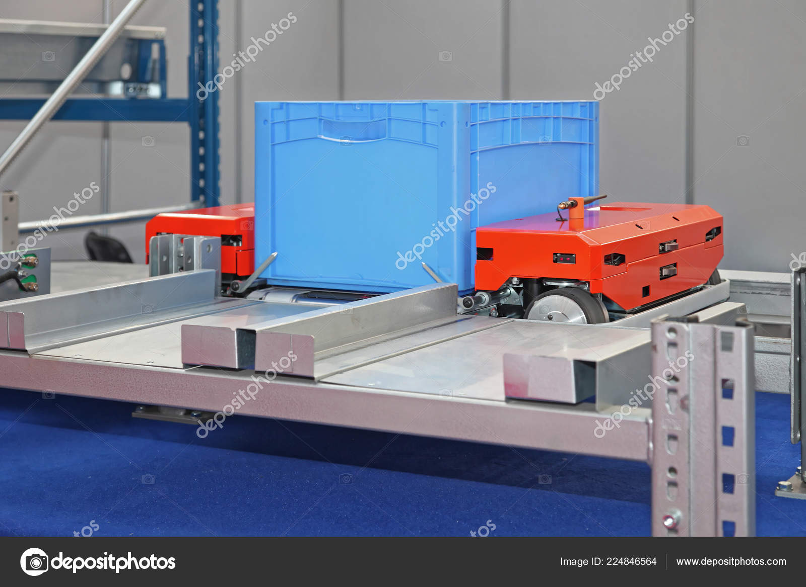 Automated Pallet Shuttle Crat Transport Shelves Warehouse