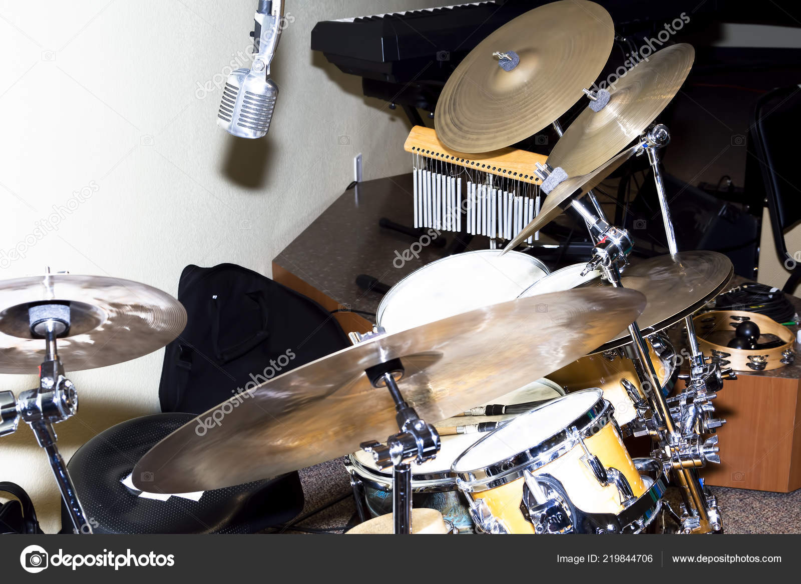 Pictures: drum set setup | Cymbals Drums Microphone Setup