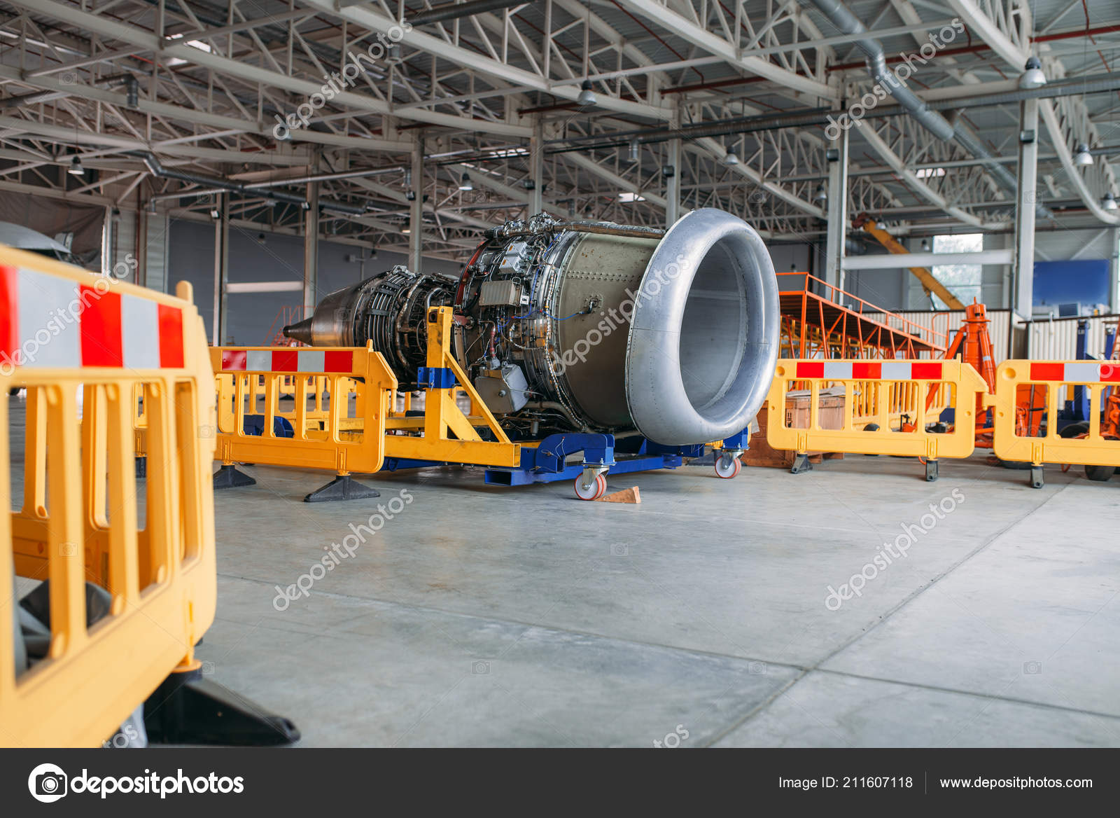 Plane Engine Covers Maintenance Hangar Nobody Jet Airplane Turbine ...