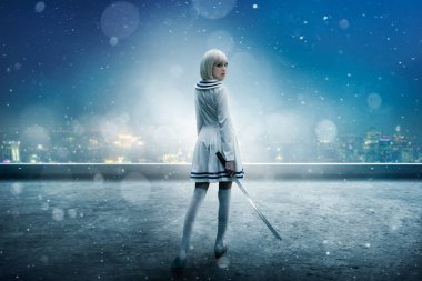 Anime style blonde girl with sword on the snowy edge of the skyscraper roof, back view. Cosplay woman, asian culture, doll with blade in cold tones, night cityscape on background