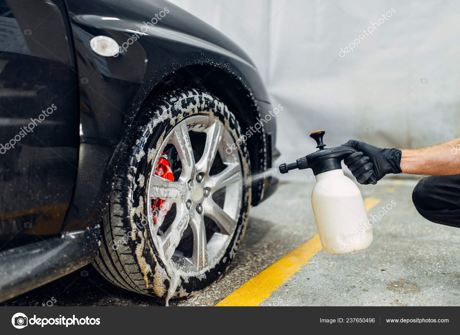 Spray Car Wash >> Carwash Service Cleaning Wheels Special Agent Auto Detailing