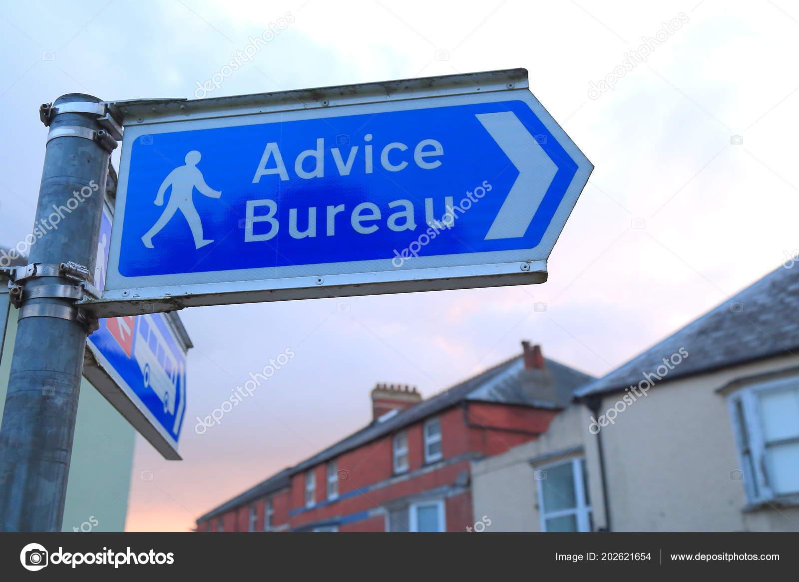 Advice bureau sign street axminster devon u2014 stock photo © moonlight