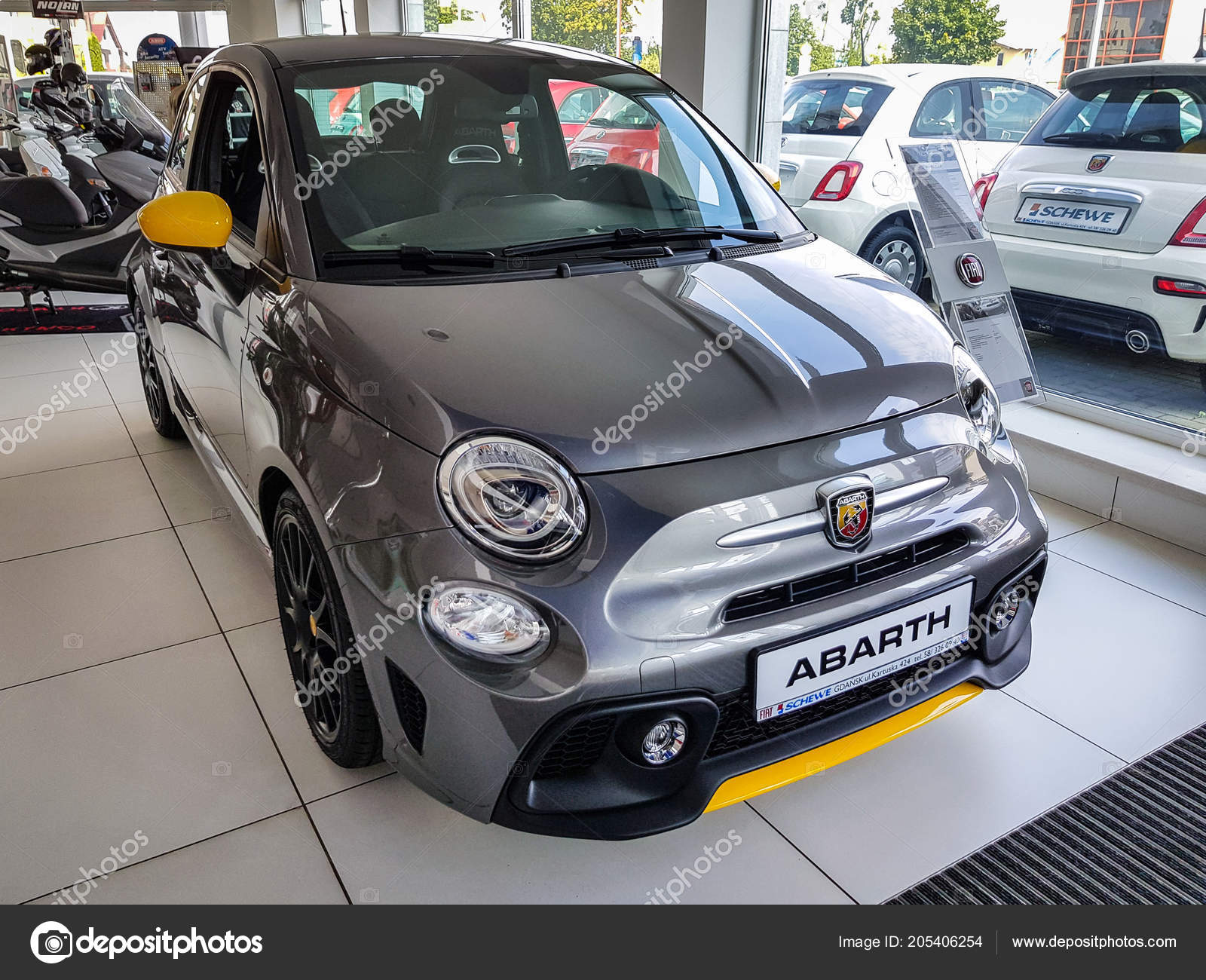 Gdansk Poland July 2018 Fiat 500 Abarth Car Fiat Showroom Stock