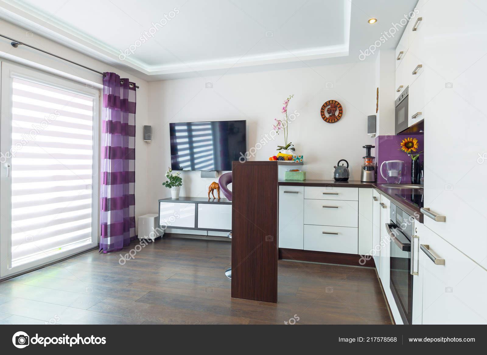 Soggiorno Moderno Con Interni Cucina — Foto Stock © Patryk_Kosmider ...