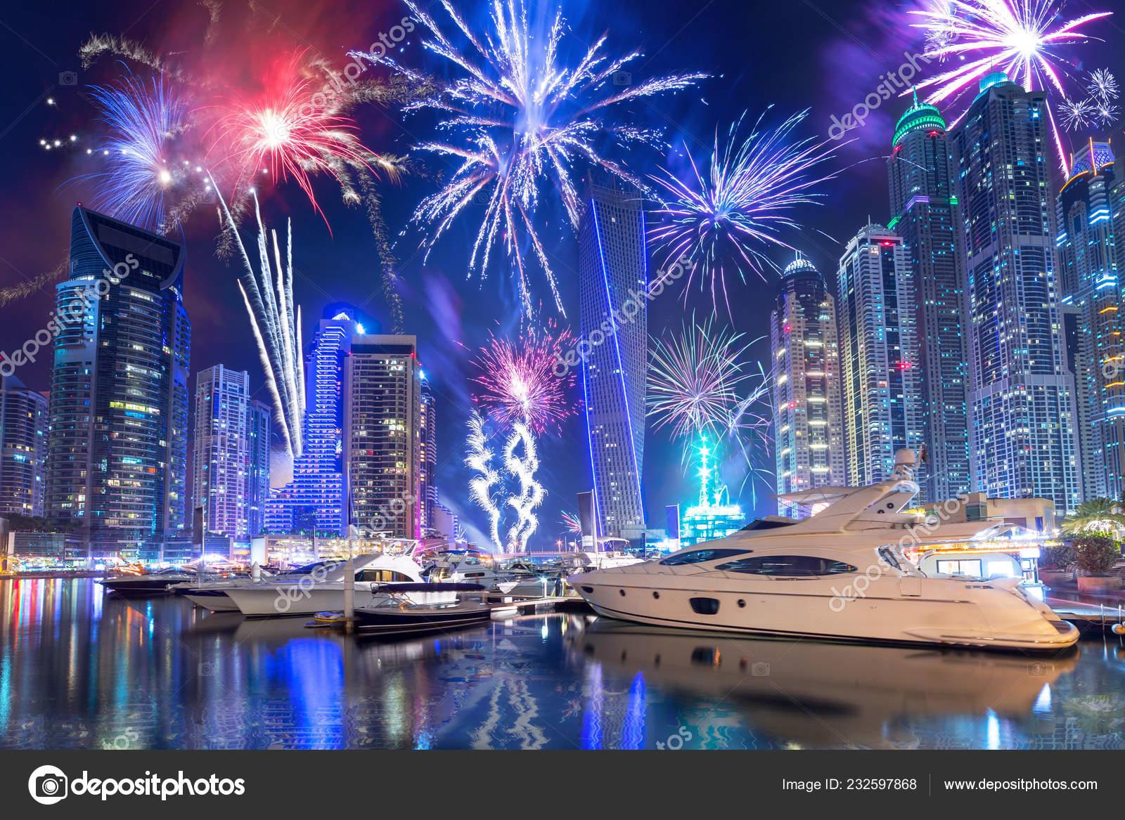 Обои небоскребы, оаэ, ночь, дубай, салют, яхты. Города foto 10