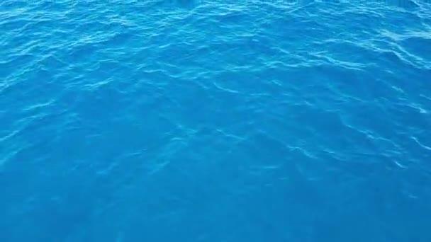 Pohyb nad hladinou Středozemního moře