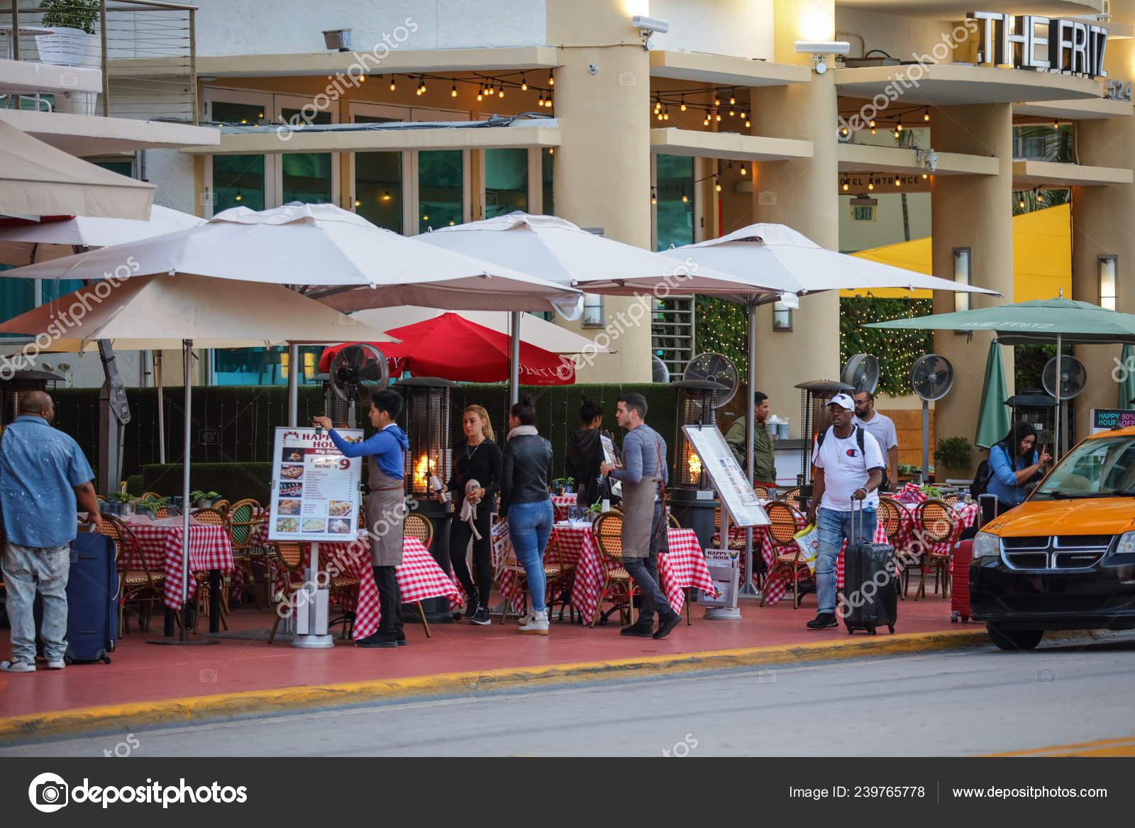 Miami Beach Restaurants Ocean Drive Stock Editorial Photo